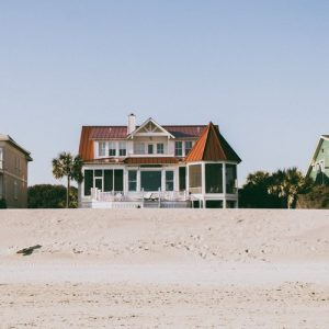 Beach house you should purchase after you learn more about the insurance issues with beach houses
