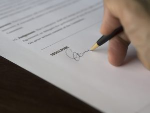 signature on contract